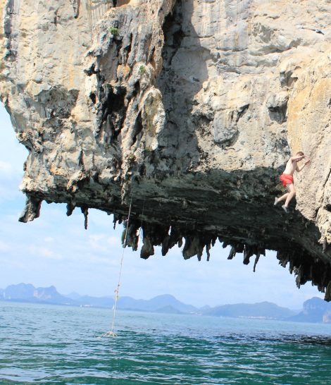 Deep water soloing is part free climbing, part cliff jumping. Free climb as high as you dare (up to 20 metres!) then kick out and drop into the ocean below