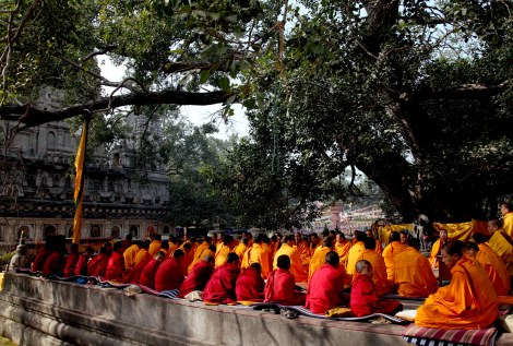 Budddhist_monks_india